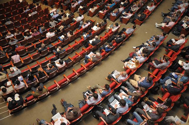 سياحة الندوات والمؤتمرات: