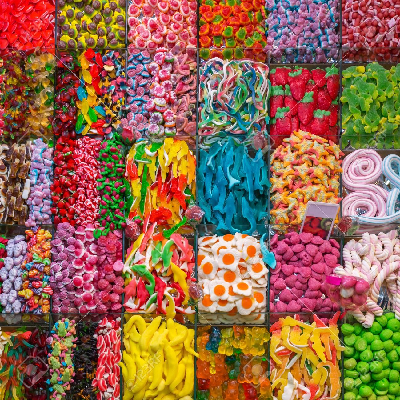 أكثر أنواع الحلويات التي تحتوي على سعرات حرارية عالية
